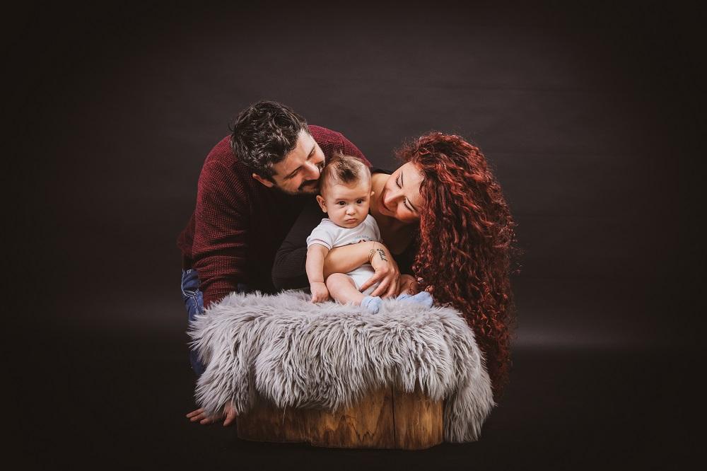 foto bordignon nove foto famiglia con bambino